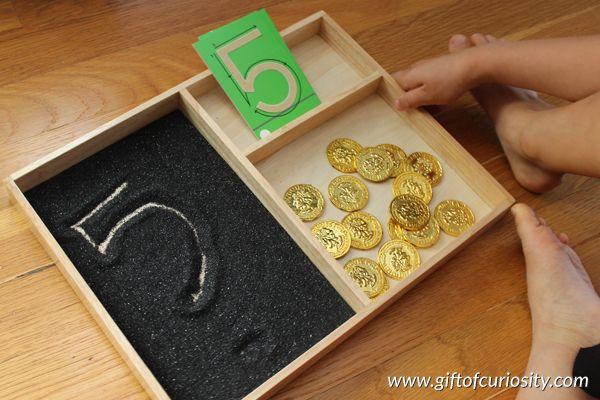 Pirate Montessori activiteiten: Number erkenning, nummer schrijven, en het tellen van de praktijk || Gift of Curiosity
