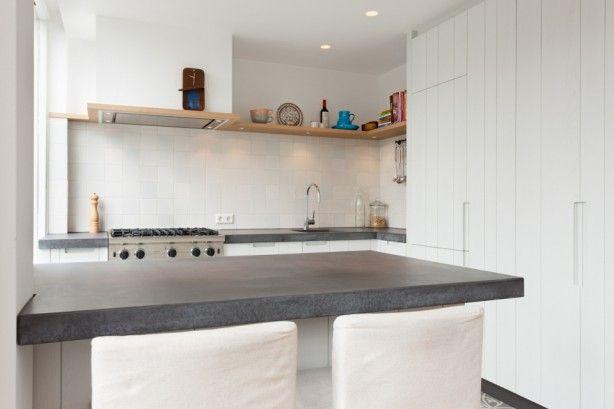25 beste idee n over kookeiland krukken op pinterest barkrukken barkrukken keuken en barkrukken - Keuken met kookeiland table ...