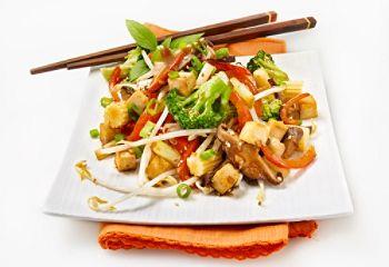 Sauté végétarien aux légumes et au tofu