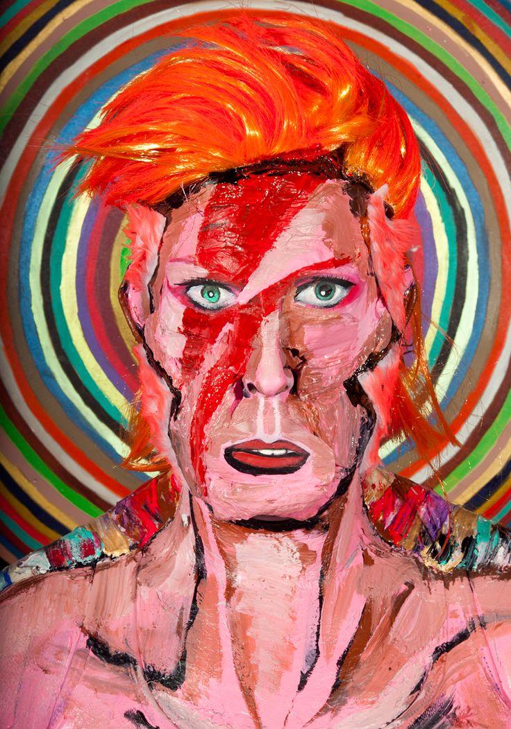 Marie-Lou Desmeules schildert beroemde mensen op minder beroemde mensen   The Creators Project