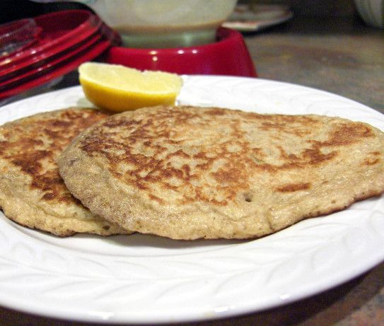 Low Carb Oatmeal Pancakes