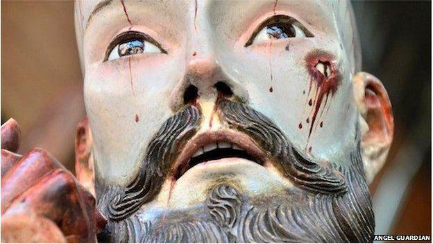 Jesus med mänskliga tänder