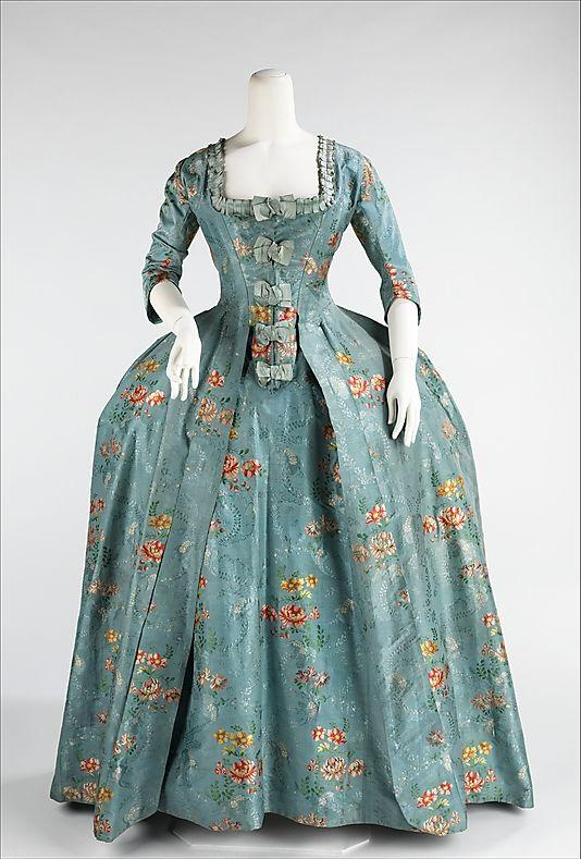 Dress (Robe à la Française), 1760-70, French, silk, cotton. Metropolitan Museum of Art.