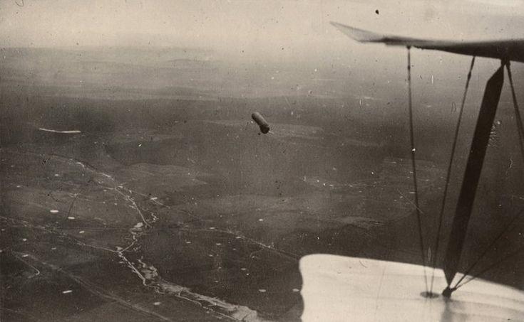 Balon obserwacyjny nad Wschodnim Frontem, zdjęcie lotnicze - 1917 rok