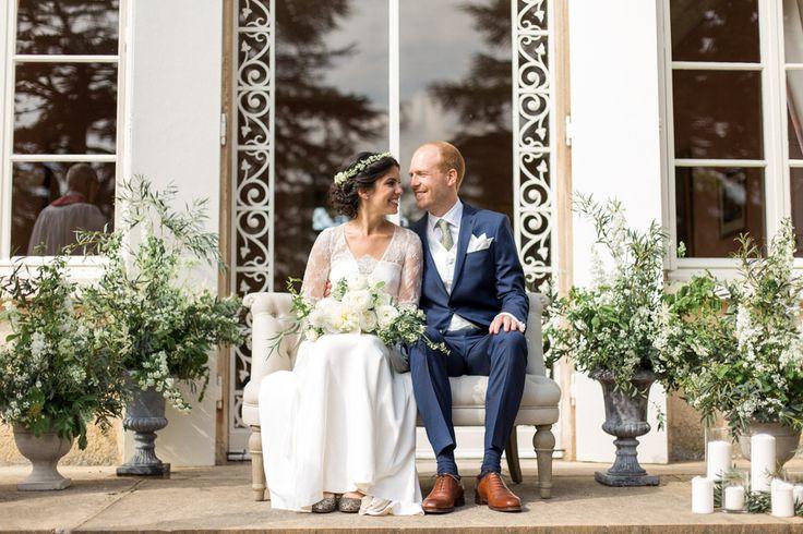 Un mariage franco-suédois au Château des Ravatys dans le Beaujolais - Lena G. Photography