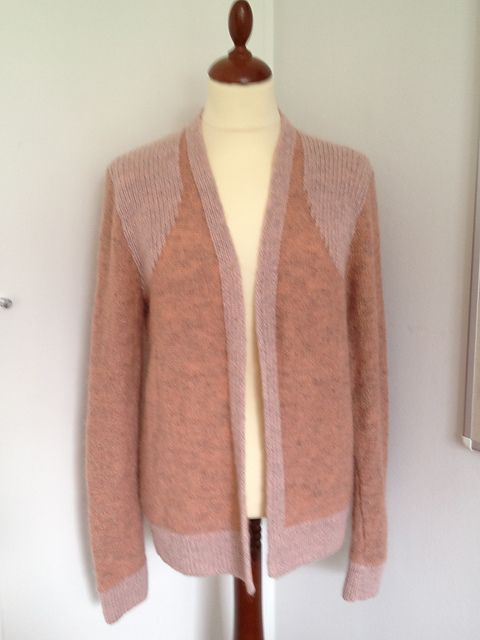 Swallow Cardigan pattern by Helga Isager