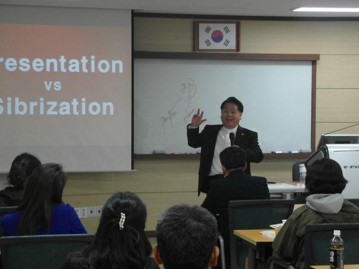 KSS김세우 대표님 <청중을 사로잡는 동기부여 강의법> 2014.4.14 13-16시 고용노동부 CS리더