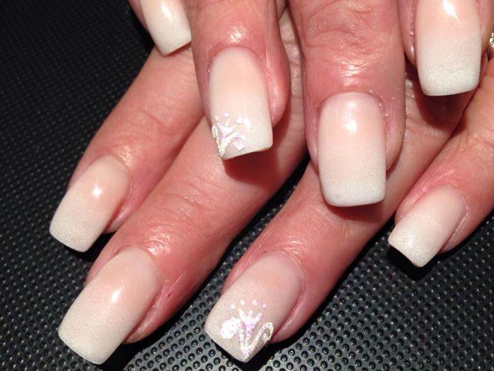 Madalina's nails