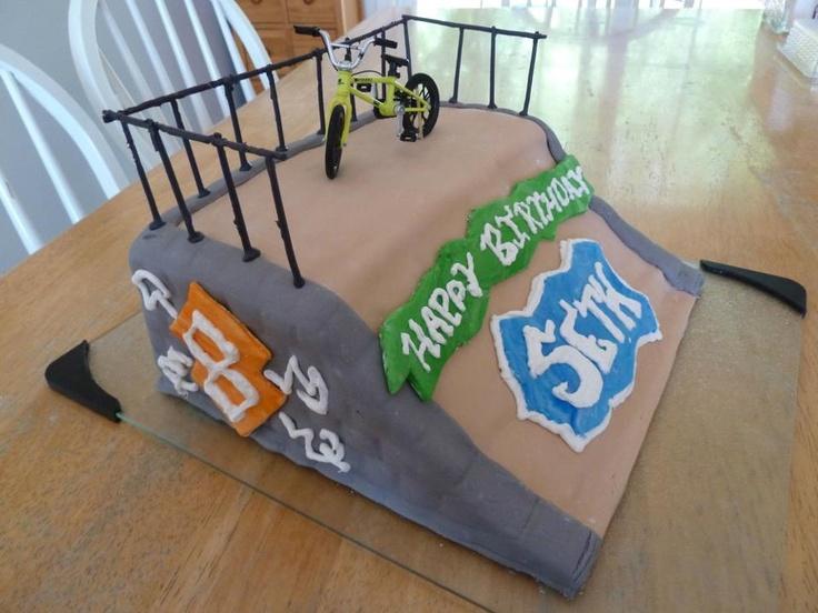 Skate Ramp Fondant Cake