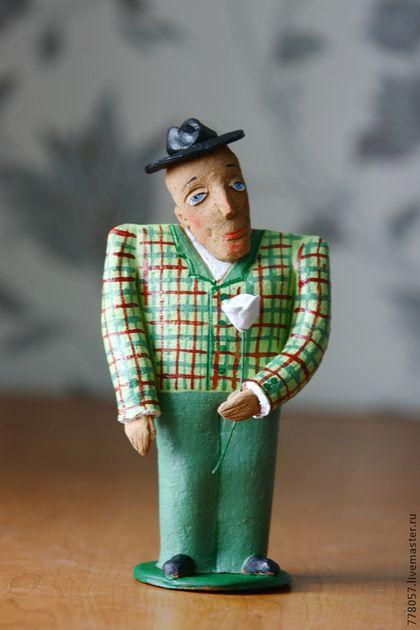 """Ceramic figurine / Человечки ручной работы. Ярмарка Мастеров - ручная работа. Купить """"мужчина  твоей мечты"""". Handmade. Зеленый, джентельмен, парень, мужчина"""