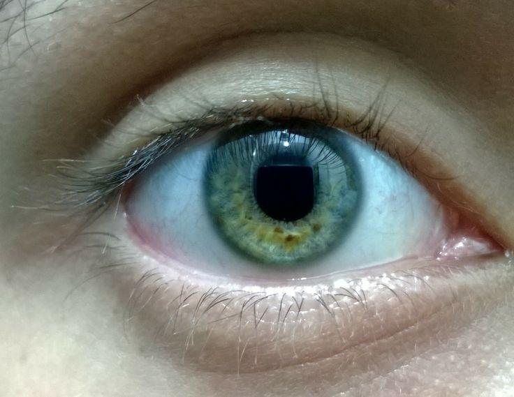 un ojo cualquiera