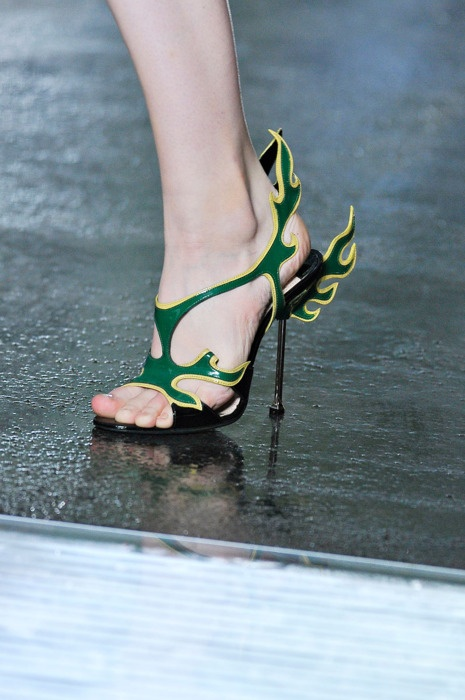 2012 Prada shoes... HOT