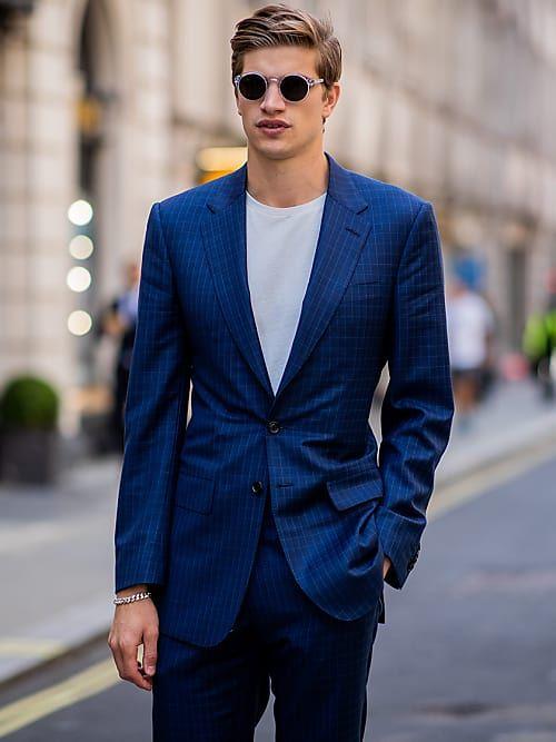 For men only  Warum der blaue Anzug den schwarzen abgelöst hat ... 58b525b770
