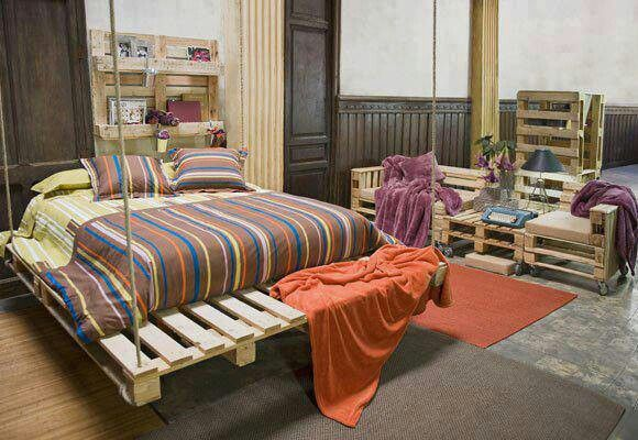 Room of pallet furnitureHanging Beds, Pallets Beds, Pallets Furniture, Wooden Pallets, Wood Pallets, Old Pallets, Recycle Pallets, Pallets Projects, Old Wood Projects
