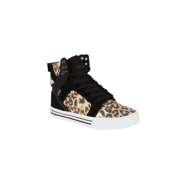 Supra Skytop Suede Trainers ($97) ❤ liked on Polyvore featuring shoes, sneakers, supra sneakers, supra footwear, suede leather shoes, suede sneakers and suede shoes