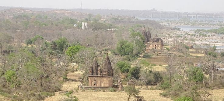 Isolated temples at Orchha. They are mostly in neglected form but still depicts the greatness of Indian Architecture.