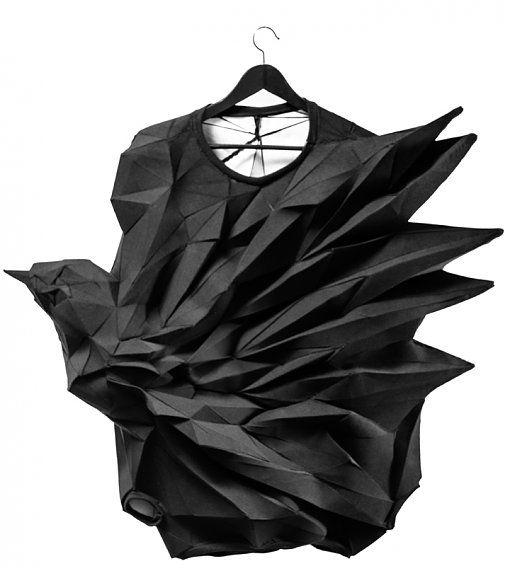 Geometric Fashion - 3D t-shirt - innovative fashion design with amazing dimensional structure; part of a series capturing a bird in various stages of flight // The T-Shirt-Issue