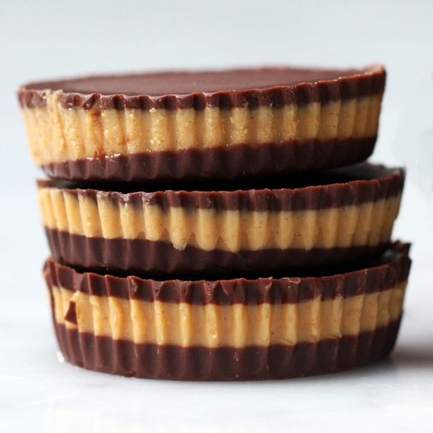 5-Ingredient Chocolate Peanut Butter Cups