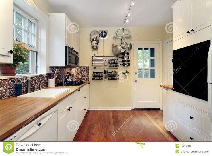 witte keukens kersen vloer - Google Search