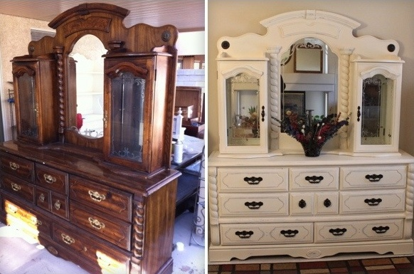"Vintage 8 Drawer with Mirrored Hutch ""Beauty Center"":"