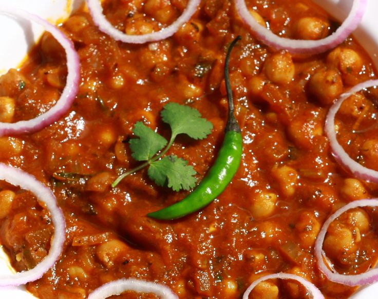 Famous Indian recipes - Channa gravy: - One of the most delicious gravy that goes great with Chapatti, roti, naan and poori | channa masala | gravy recipes