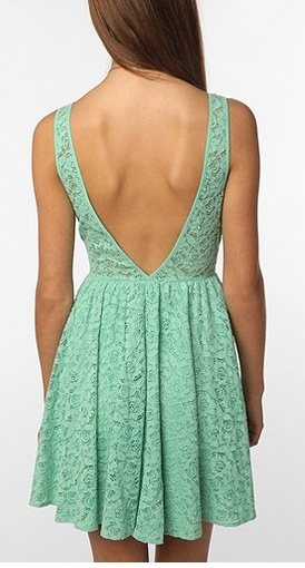 10 holiday dresses under 50 bucks.