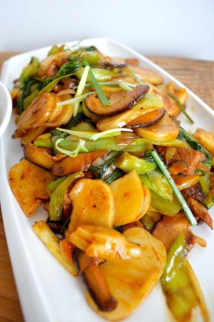 Stir-fried sticky rice cakes (nian gao) 上海炒年糕 need we say more? #stickyrice