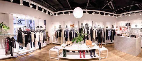 Construcción de locales comerciales en Shoppings – Paula Cahen D'anvers – Alto Palermo – Ida Construcciones