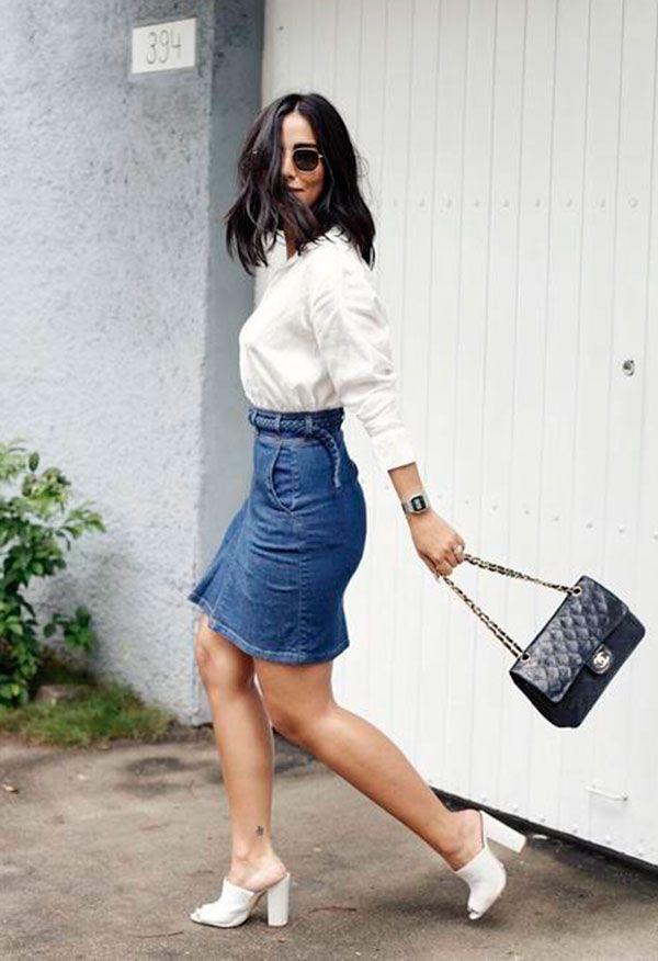 O que eu usaria como look é a Saia jeans E a camisa mais formal
