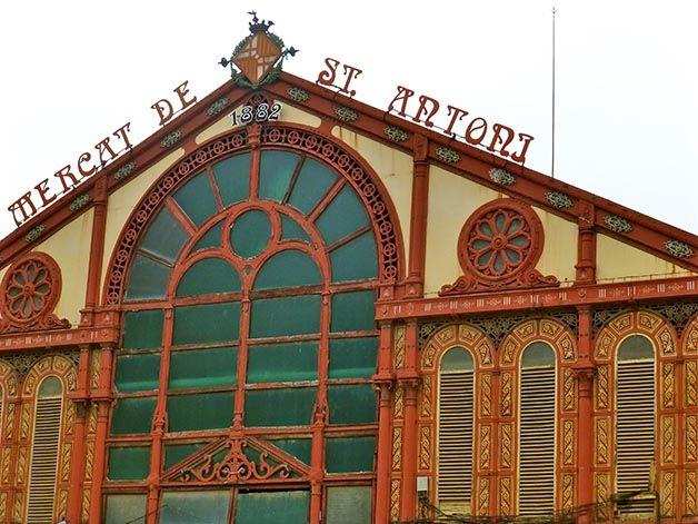 Flâner, regarder, sentir, goûter...Les marchés de Barcelone sont de véritables cathédrales des sens. Découvrez ici nos 5 préférés!