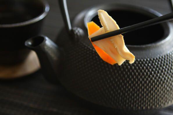 Matsutake Mushroom Dobin Mushi Recipe ~ http://steamykitchen.com