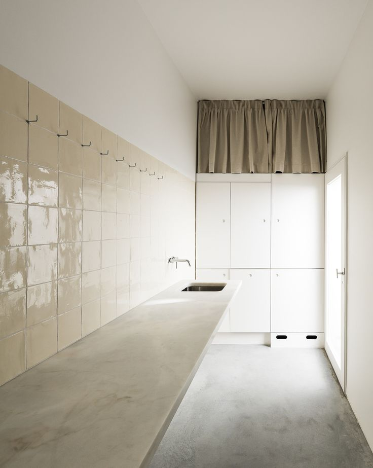 KAGADATO | RUSLAN KAHNOVICH selection. The best in the world. Loft interiors design. ************************************Gallery of House in Alfama / Matos Gameiro Architects - 16