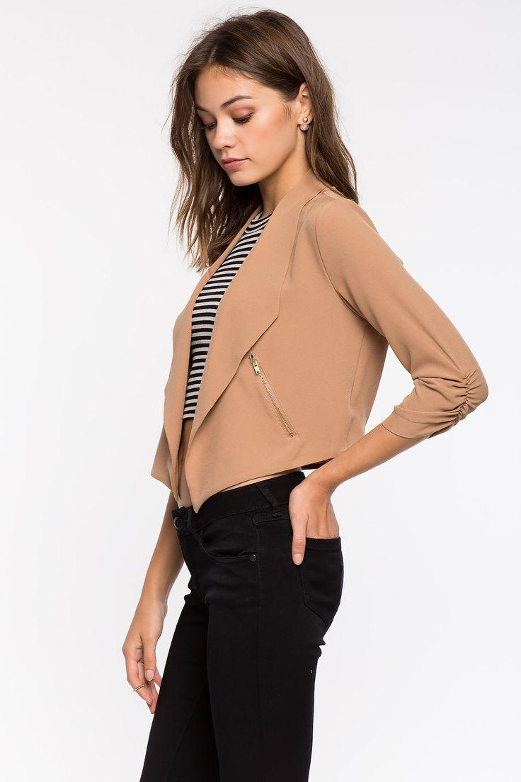 Блейзер Размеры: S, M, L Цвет: кремовый, бежевый Цена: 1557 руб.     #одежда #женщинам #блейзеры #коопт
