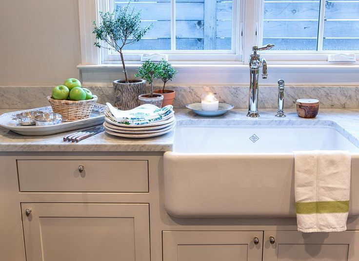 Kitchen Of Designer Lisa Henderson (Waterworks Single Hole Faucet, Shaw Sink,  Fu0026B