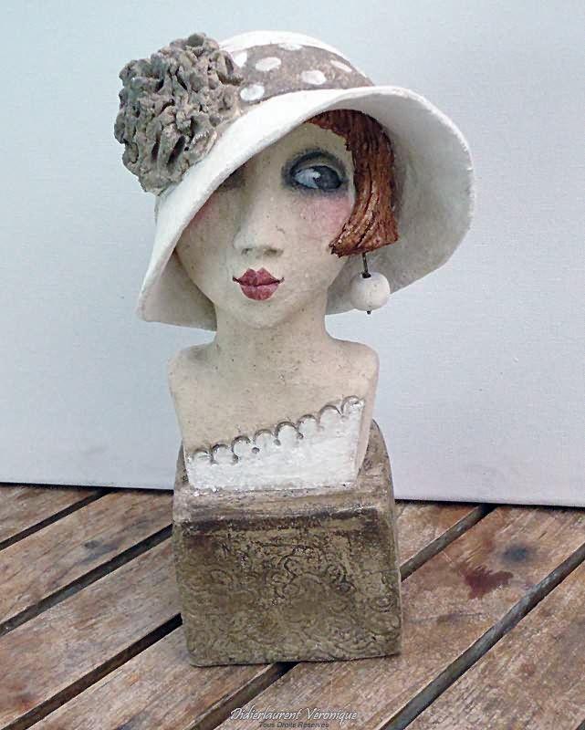 Souris de bibliothèque : these are ceramic pieces but are great paper mache inspiration pieces