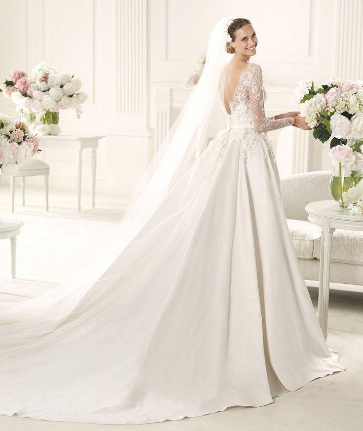 Cute Robes de mari e Pronovias Wedding DressBoat