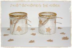 Photophores à base de pot de yaourt, papier de soie, paillettes et formes de noël prédécoupées à la perforatrice