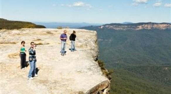 The #BlueMountainTours offer immeasurable trip packages that can make travelling to Sidney quite easy and comfortable. Read more... https://storify.com/bluemountainsau/plan-your-trip-with-blue-mountain-tours-to-the-exo