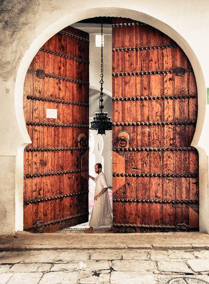 فاس، المغرب By Yosuke Mosque in Fez, Morocco. For luxury hotels in Fes visit http://www.mediteranique.com/hotels-morocco/fes/