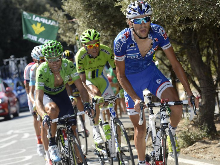 VUELTA A ESPANA STAGE 10 GALLERY Thibaut Pinot takes a pull on the front as Horner extended out his advantage