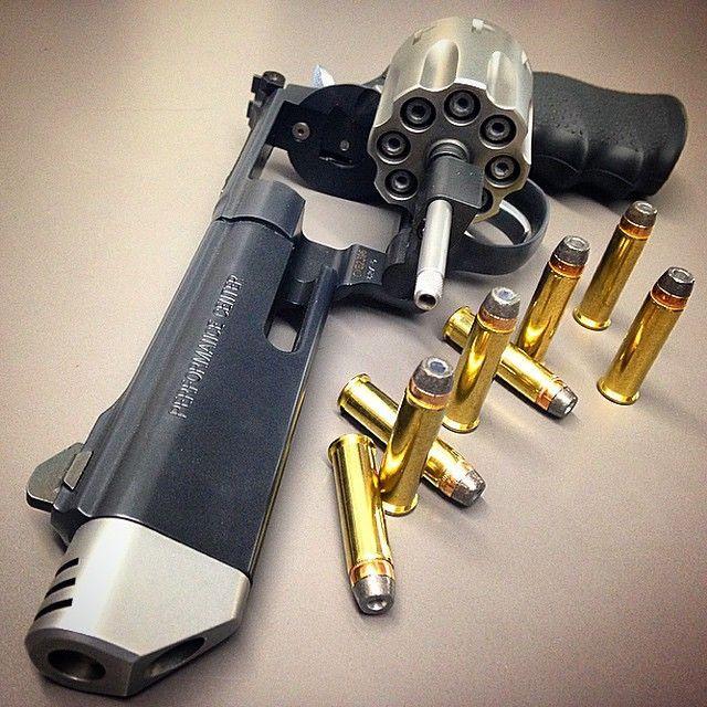 Smith & Wesson 627 V8 .