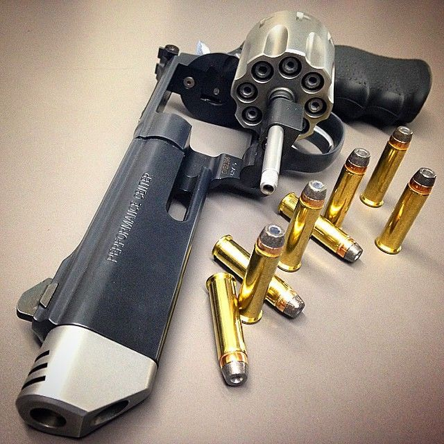 Smith & Wesson 627 V8 .