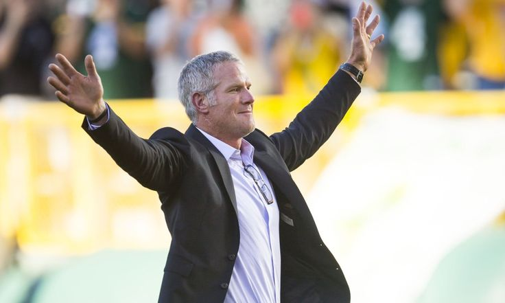 Brett Favre Green Bay Packers Hall of Fame Induction Ignites Fan Base - http://movietvtechgeeks.com/brett-favre-green-bay-packers-hall-of-fame-induction-ignites-fan-base/-When Green Bay Packers legend and long-time quarterback, Brett Favre, left Wisconsin in 2008 to join the New York Jets no one really cared. Pack fans weren't happy that he was leaving