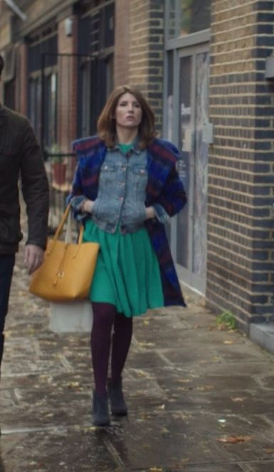 Sharon Horgan on Catastrophe: Season 1, episode 5: Blue Free People Plaid coat, yellow tote, denim jacket, green dress, purple tights, grey ankle boots