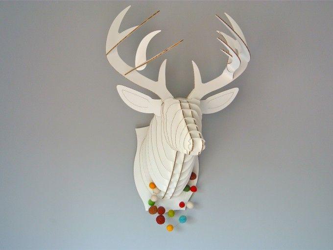 ¿Te atreves a colgar un ciervo en la pared de tu casa?