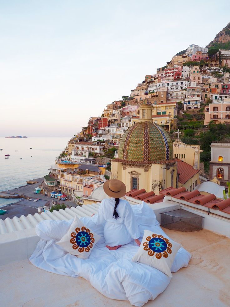 Positano on Italy's Amalfi Coast | A complete guide by World of Wanderlust  ✈✈✈ Here is your chance to win a Free Roundtrip Ticket to Naples, Italy from anywhere in the world **GIVEAWAY** ✈✈✈ https://thedecisionmoment.com/free-roundtrip-tickets-to-europe-italy-naples/