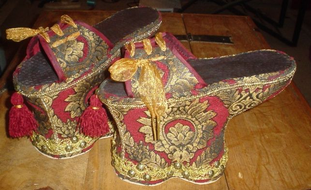 Lesson 1: Late 16th C. Venetian Chopines (Cork) - Chopine, Zoccolo, and Other Raised Heel and High Heel Construction