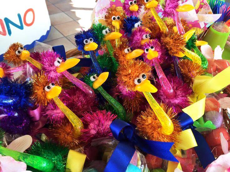 Struzzi colorati con sorpresa!