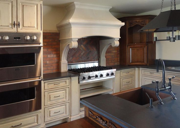 Nice This Handsome, Traditional Kitchen Embellished With Rustic, Hand Carved  Accents Was Designed By