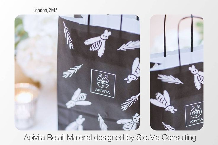 Apivita Retail Material designed by Ste.Ma Consulting. Printed White Paper Bags. Thank you @mitheoevents for the great picture! #stemaconsulting #stema #retail #apivita #london #bag #design #bee #fasianos #paper #paperbag #retailmaterial #promo #event #eventdisplay #candle #londonlife #greekbusiness #studio #creativeagency